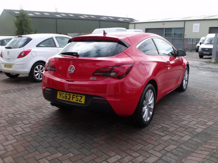 YG63FSZ - Vauxhall Astra GTC 1.6 SRI Turbo 180bhp 3 door coupe 1600cc