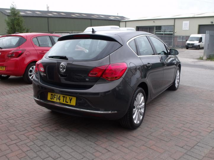DF14TLY - Vauxhall Astra 1.6 Techline 5 door hatchback 1600cc