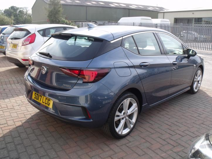 SD17 LCG - Vauxhall Astra SRI  VX - LINE 1.4 Turbo 5 door hatchback Satnav 1399cc