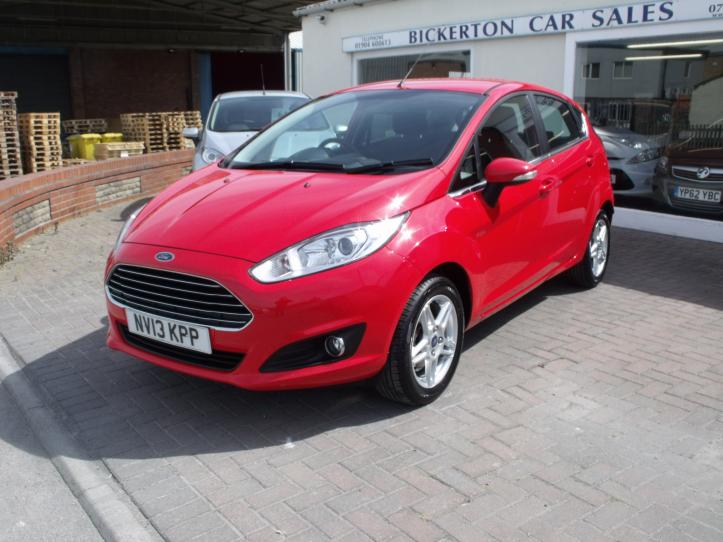 NV13KPP - Ford Fiesta 1.25 Zetec 5 door hatchback 1242cc