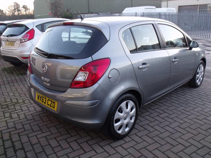 WV63 CZO - Vauxhall Corsa 1.2 Exclusive 5 Door Hatchback 1229cc