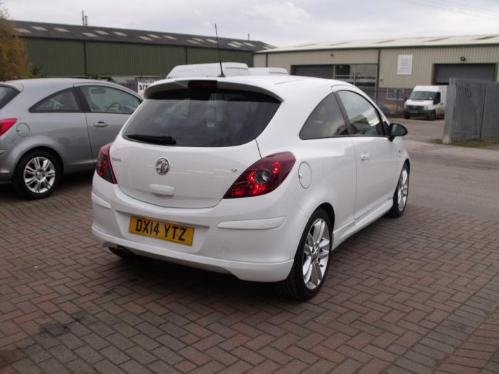 DX14 YTZ - Vauxhall Corsa 1.4 SRI 3door hatchback 1400CC