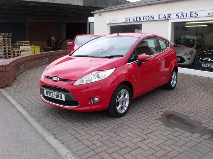 NV12HWB - Ford Fiesta 1.25 Zetec 3 door hatchback 1242cc